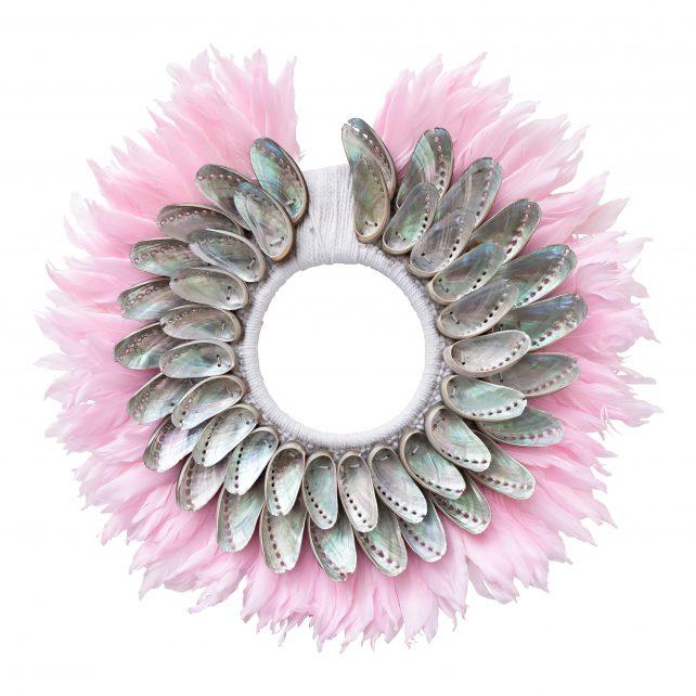 Schelpenketting met veren roze